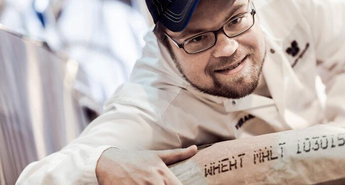 Suomen Olutmestari 2014 Juha Sorsa loi yhdessä Sinebrychoffin Heikki Vuokon kanssa vehnäoluen
