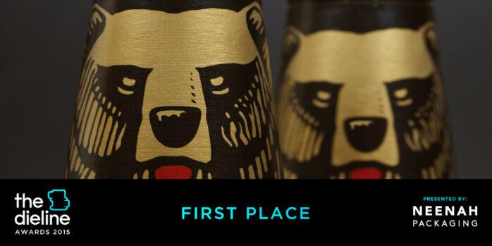 Karhun profiililasipullolle kansainvälinen design-palkinto
